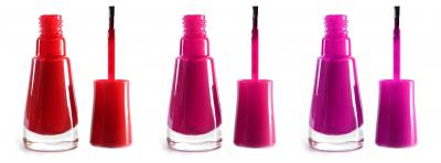 pink nails polish